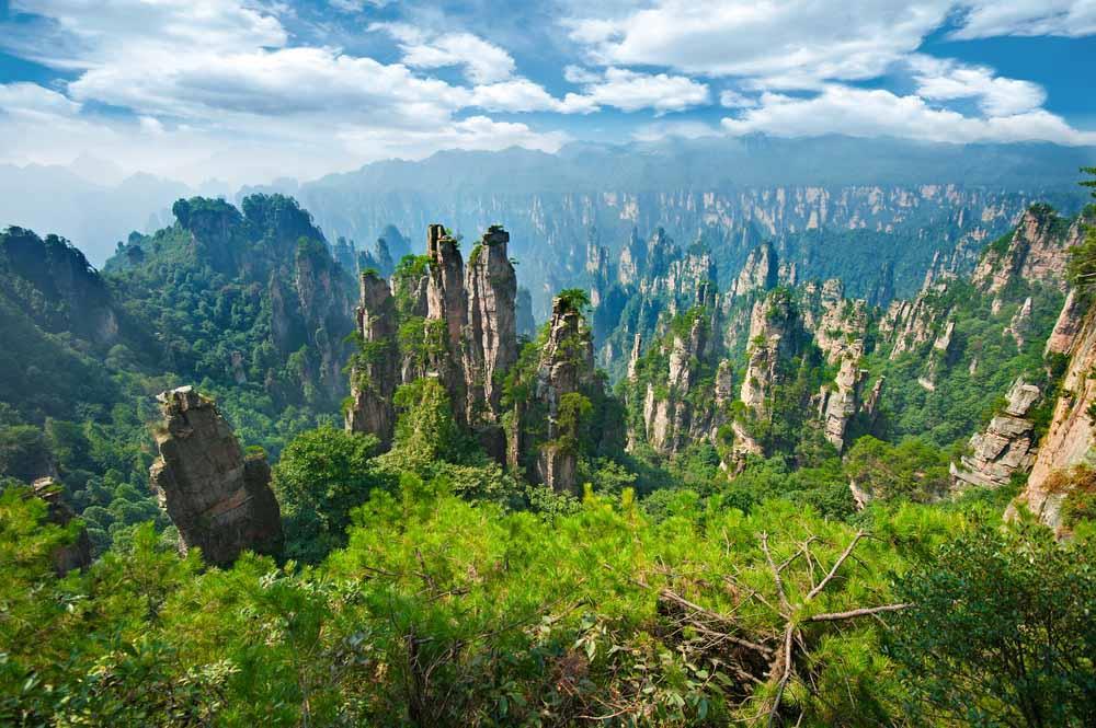 , Báo Tây chọn hang Sơn Đoòng vào top 6 điểm du lịch ảo mùa dịch
