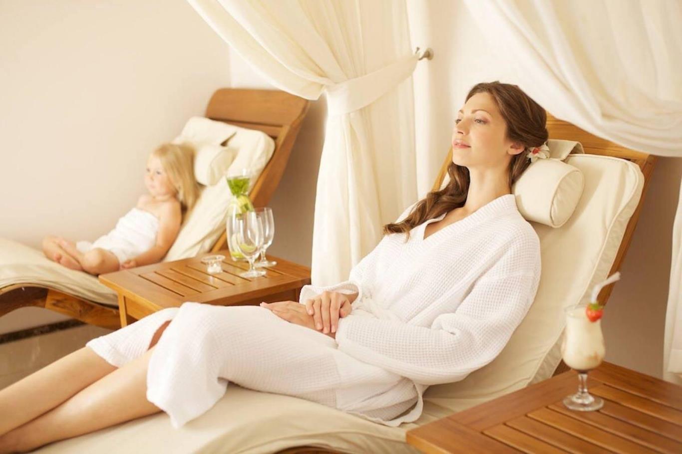 , Tận hưởng thời gian ở nhà như đi nghỉ dưỡng thế nào?